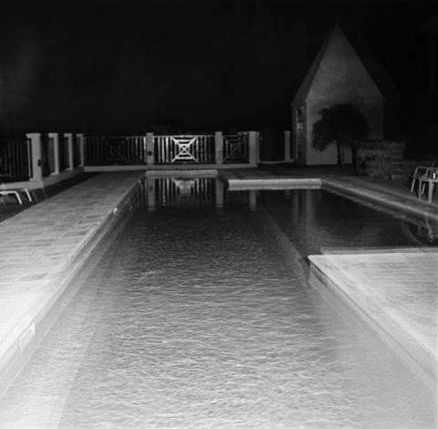 Night Pool - Bermuda